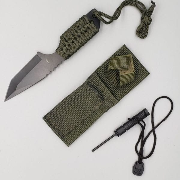 7in Paracord Survival Knife (1)